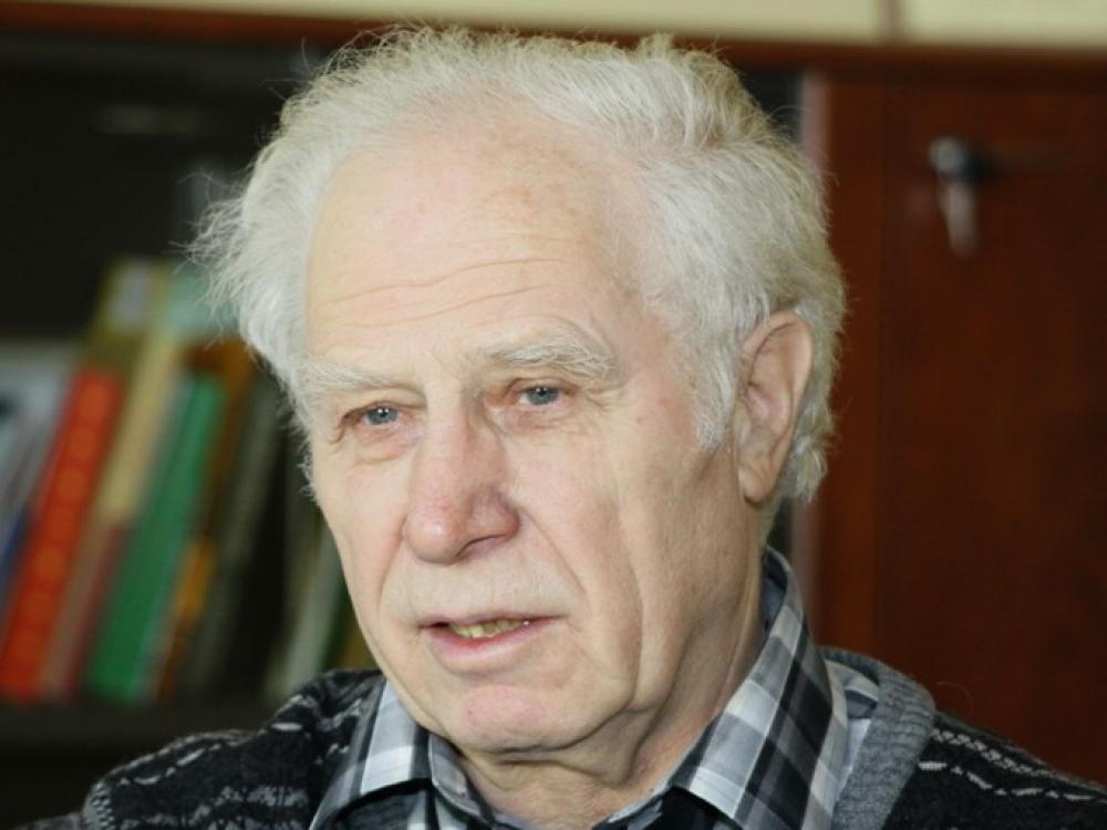 Prof. Vytautas Basys: kuo gydytojas skiriasi nuo felčerio?