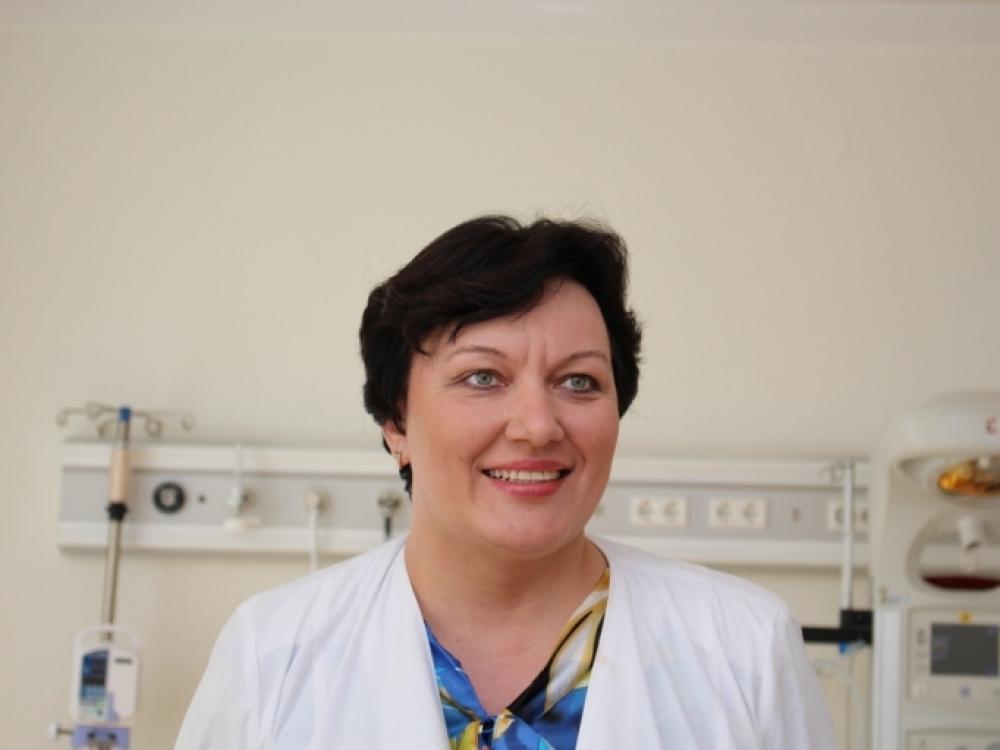"""Akušerių sąjungos prezidentė Ilona Joneliūnienė: """"Akušerėms rūpi ne tik gimdymas"""""""