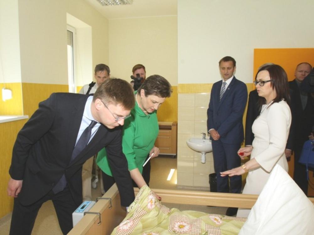 Šiaulių ilgalaikio gydymo ir geriatrijos centro pacientai bus gydomi jaukiose palatose su modernia slaugos įranga