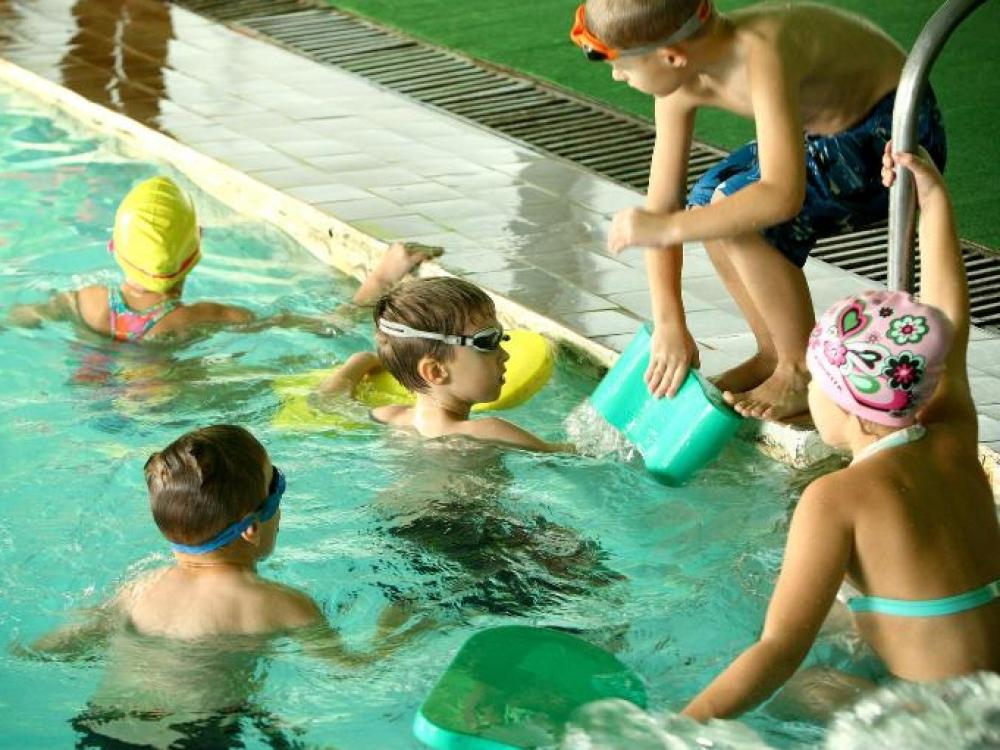 Telšių rajone 99 procentų antraklasių moka plaukti. Klaipėda irgi imasi iniciatyvos