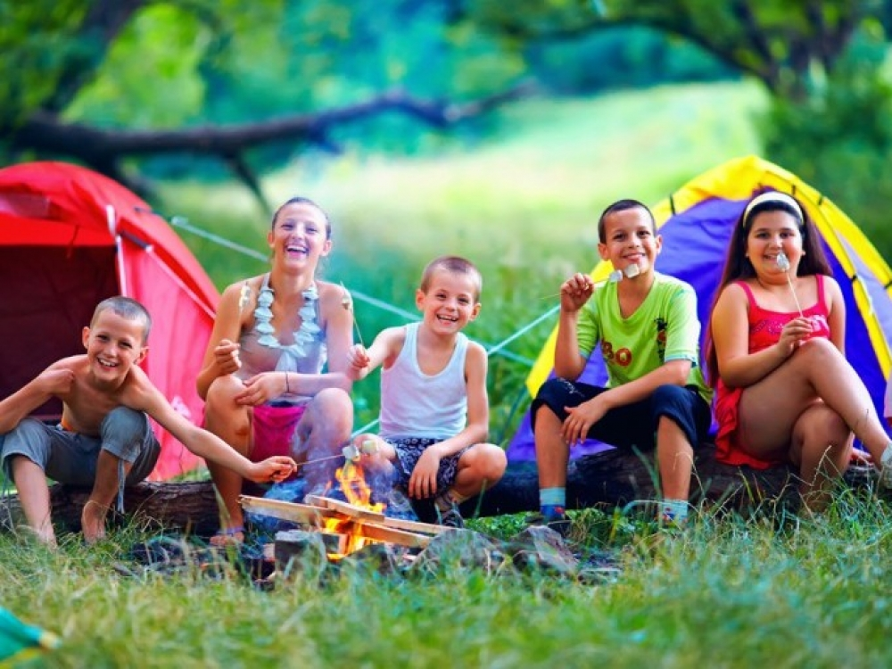 Kaip stovykloje organizuoti vaikų maitinimą?