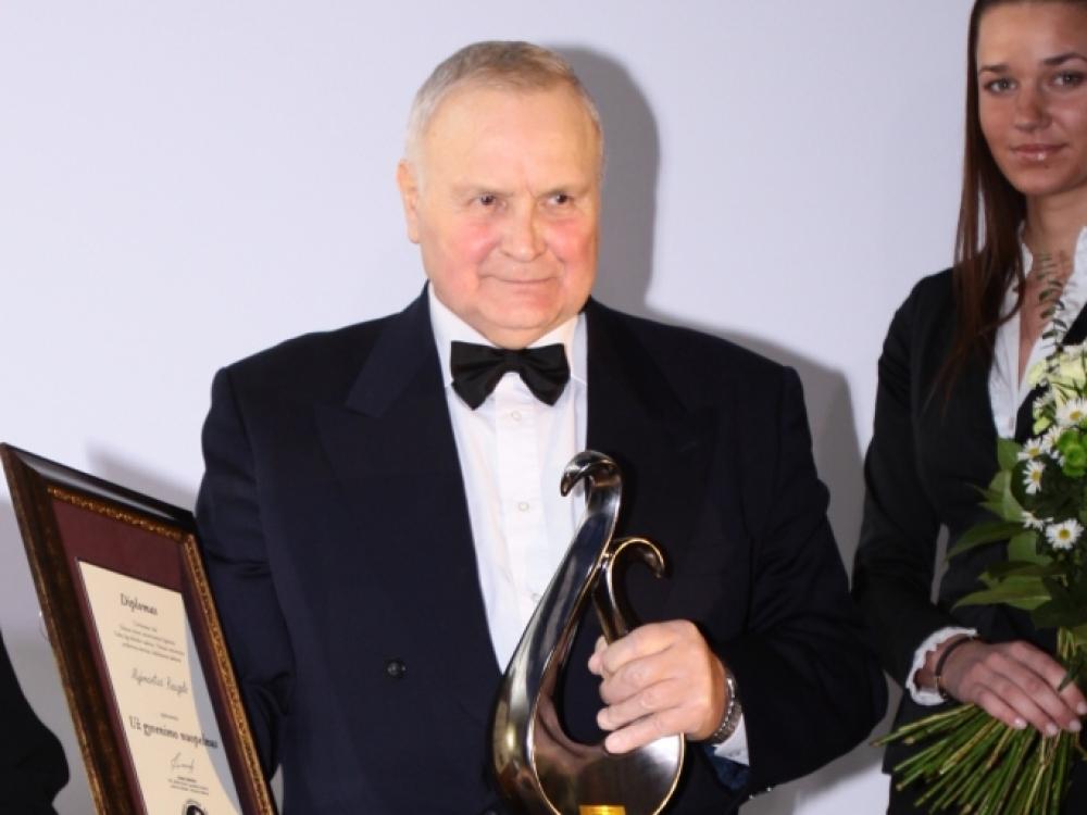 Anapilin iškeliavo prof. habil. dr. Algimantas Raugalė