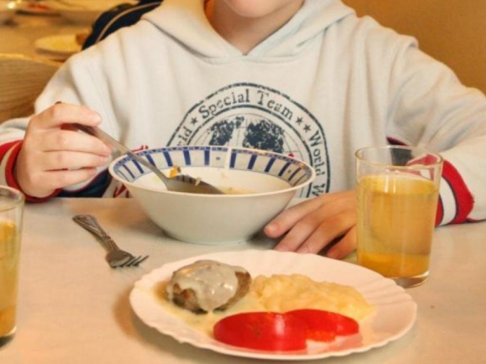 Keičiasi vaikams rekomenduojamų maistinių medžiagų normos