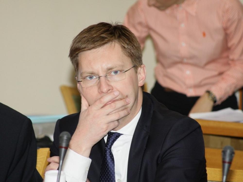 J.Požela svarsto galimybę prašyti prezidentės vetuoti Seime priimtą pagalbinio apvaisinimo įstatymą