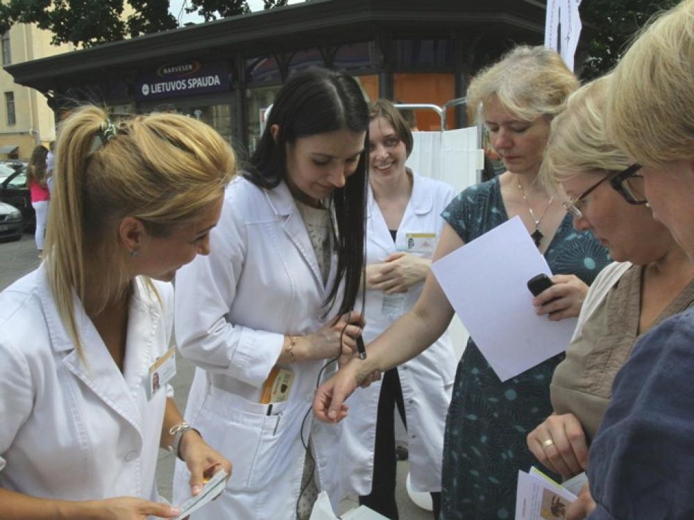 Sveikatos alėjoje – specialistų konsultacijos, patarimai ir praktiniai mokymai