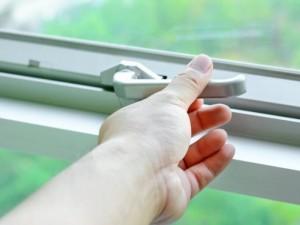 Kiek dar pacientų turi iššokti pro langą?