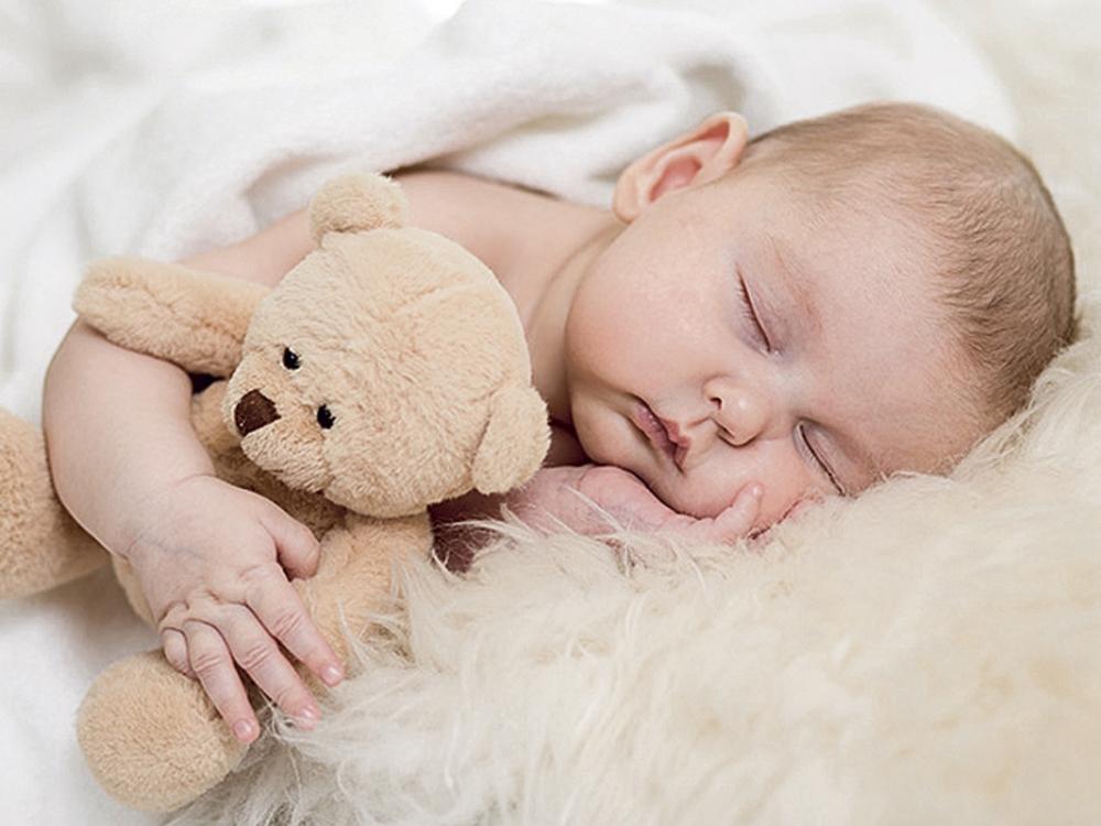 Ankstyvas miegas kūdikystėje stiprina sveikatą
