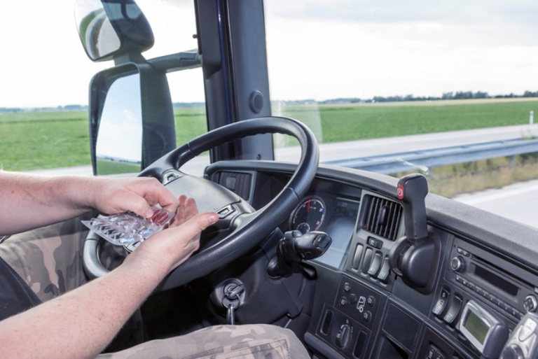 Prieš vairuodami peržiūrėkite savo vaistus