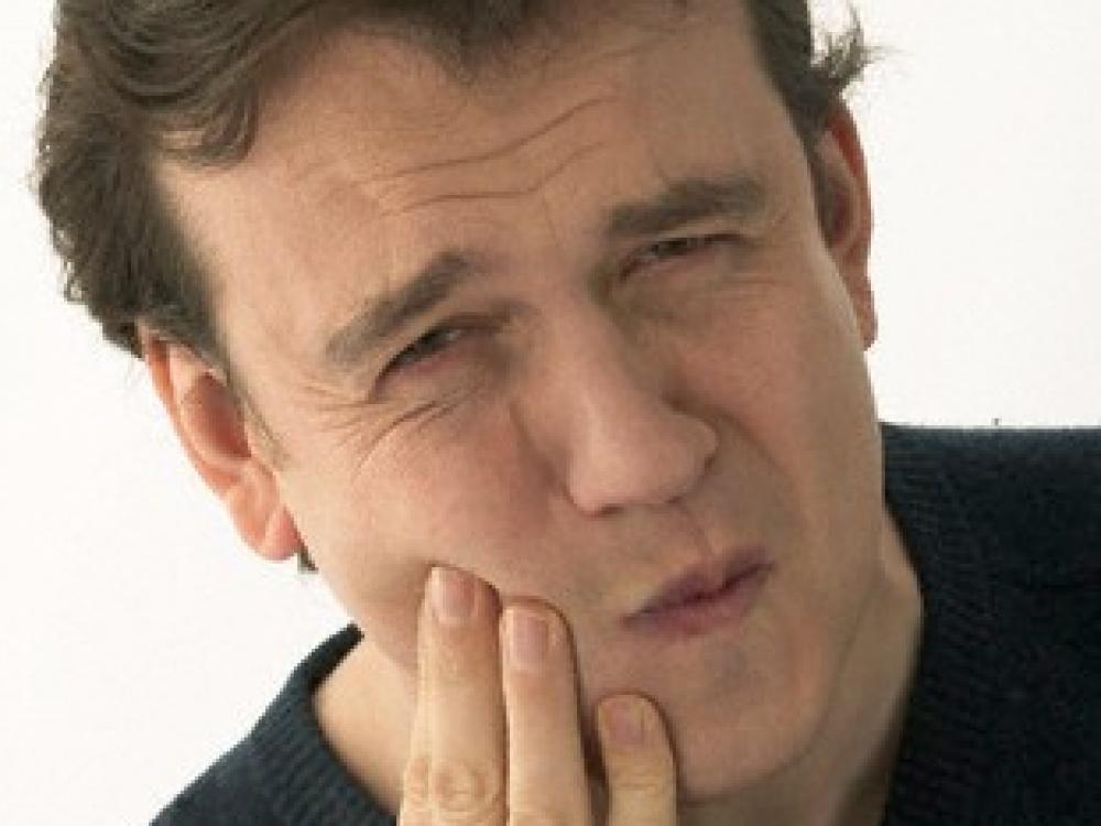 Žandikaulio sąnario ligos: nuo galvos skausmo iki kvėpavimo sutrikimų