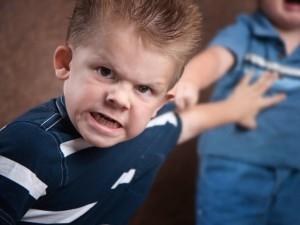 Vaikų atsakas į agresiją – psichikos sutrikimai