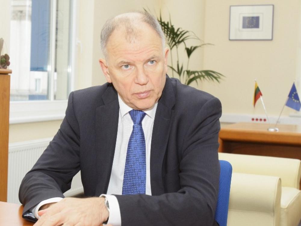 """Eurokomisaras Vytenis Povilas Andriukaitis: """"Jeigu galiu viešai paremti Bažnyčią, kodėl negaliu ligoninės?"""""""