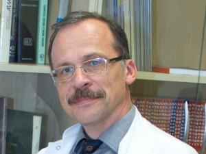 """Arimantas Tamašauskas: """"Pasitelkiame visą moderniosios neurochirurgijos arsenalą"""""""