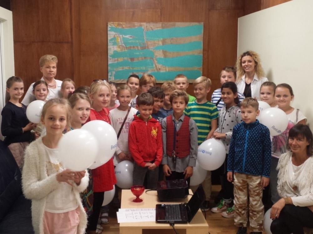Vilniaus gimdymo namai investuoja į jaunimo švietimą