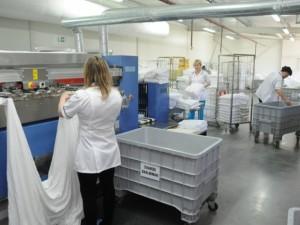Užčiuopė aukso gyslą – nešvarius ligoninių skalbinius