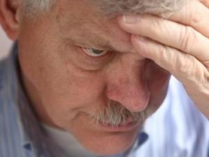 Šlapimo nelaikymas – ilgametis vyrų palydovas