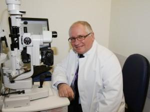 "Doc. dr. Rimvydas Ašoklis: ""Oftalmologams darbo - per akis"""