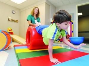Jei vaikas turi raidos sutrikimų, rankiok trupinius