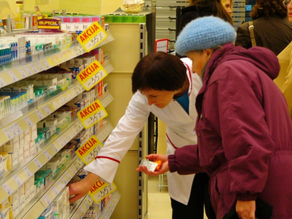 Į šalies vaistines papildomai siunčiama vaistų nuo peršalimo ligų