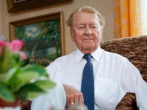 Trečiadienį palaidotas žinomas gydytojas rentgenologas Kazys Ambrozaitis
