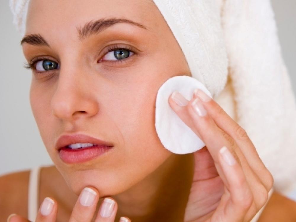Kasdienė odos priežiūra turi virsti natūraliu įpročiu
