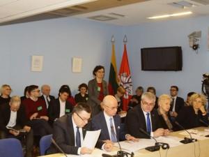 Pagalbinio apvaisinimo įstatymas: ar pasuks Seimas progreso keliu?
