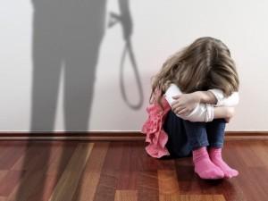 Seimo nariams – visuomenininkų raginimas uždrausti smurtą prieš vaikus