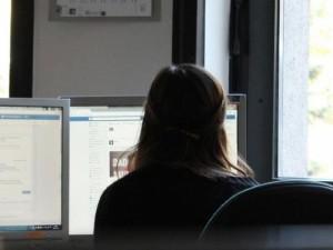 Daugėja pranešimų apie žalingą turinį internete
