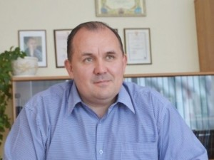 Dėl priklausomybės azartiniams lošimams iš pareigų traukiasi A.Verygos patarėjas