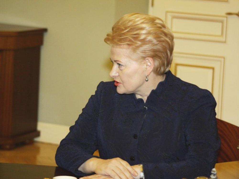 D.Grybauskaitė aiškinsis, kaip užtikrinti mažesnes vaistų kainas