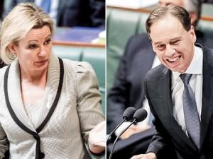 Po skandalo Australija turi naują sveikatos apsaugos ministrą