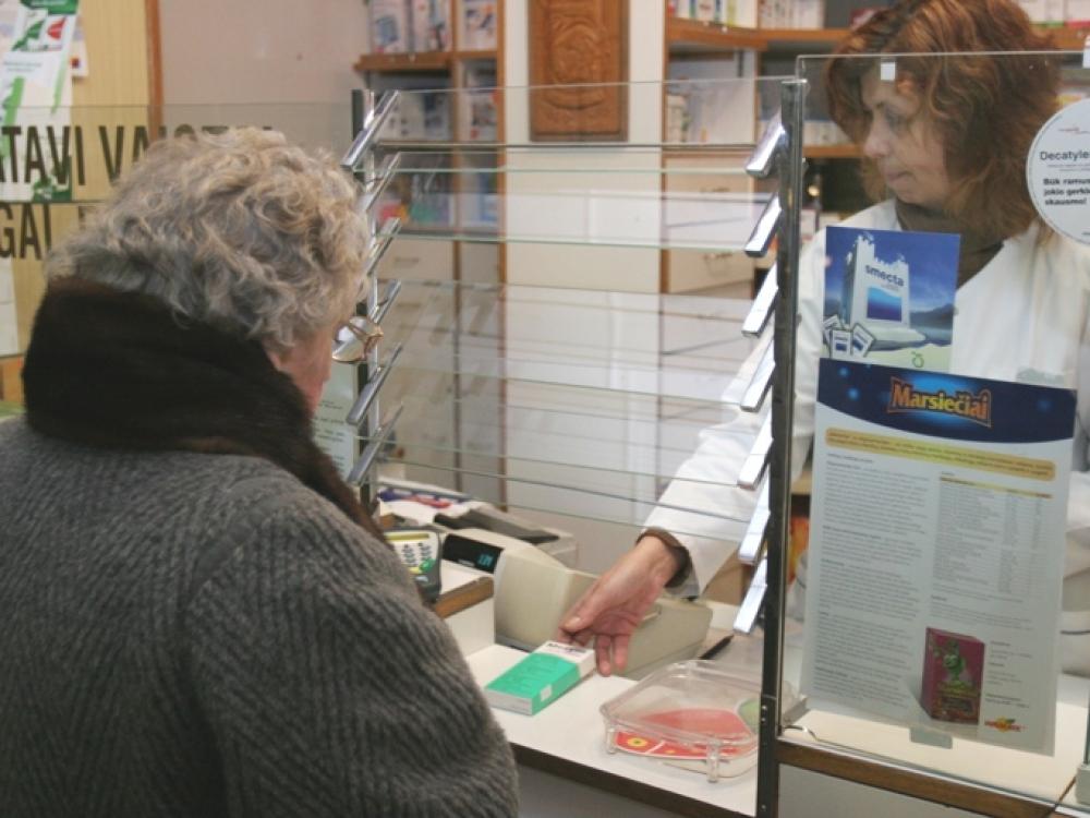 Būtinų kompensuojamųjų vaistų vaistinės privalo turėti kasdien