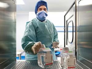 Eksperimentiniai vaistai sergantiesiems melanoma teikia vilčių pasveikti