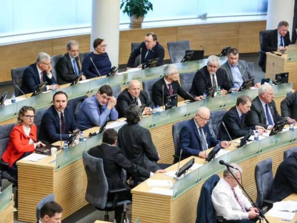 Seime - neeilinė sesija dėl vaikų apsaugos klausimų