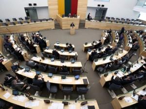Seimas uždraudė visų formų smurtą prieš vaiką, įskaitant fizines bausmes