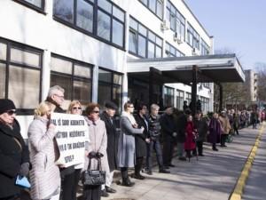 Savivaldybės politikai: per vieną dieną filialo statusas neišnyks