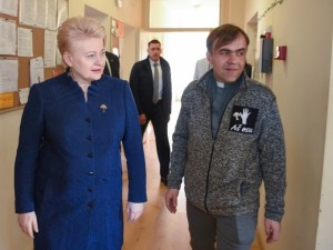 Dalia Grybauskaitė: vien alkoholio prieinamumo mažinimas – tik darbas su pasekmėmis