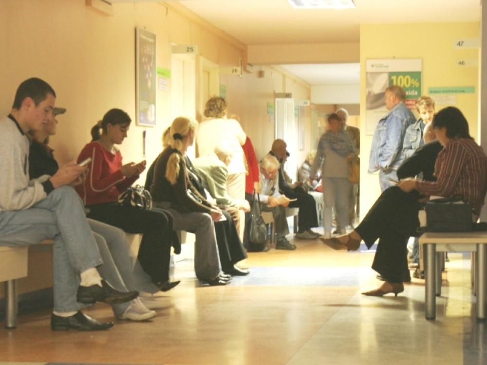 Pacientus auklėti baudomis – tas pats kas dūmus vaikyti