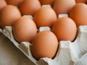 Prieš šv. Velykas tikrino kiaušinių kokybę