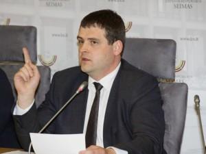 """""""Tvarkiečiai"""": """"Sveikatos apsaugos ministras palaiko diskriminacinę politiką regioninių gydymo įstaigų atžvilgiu"""""""