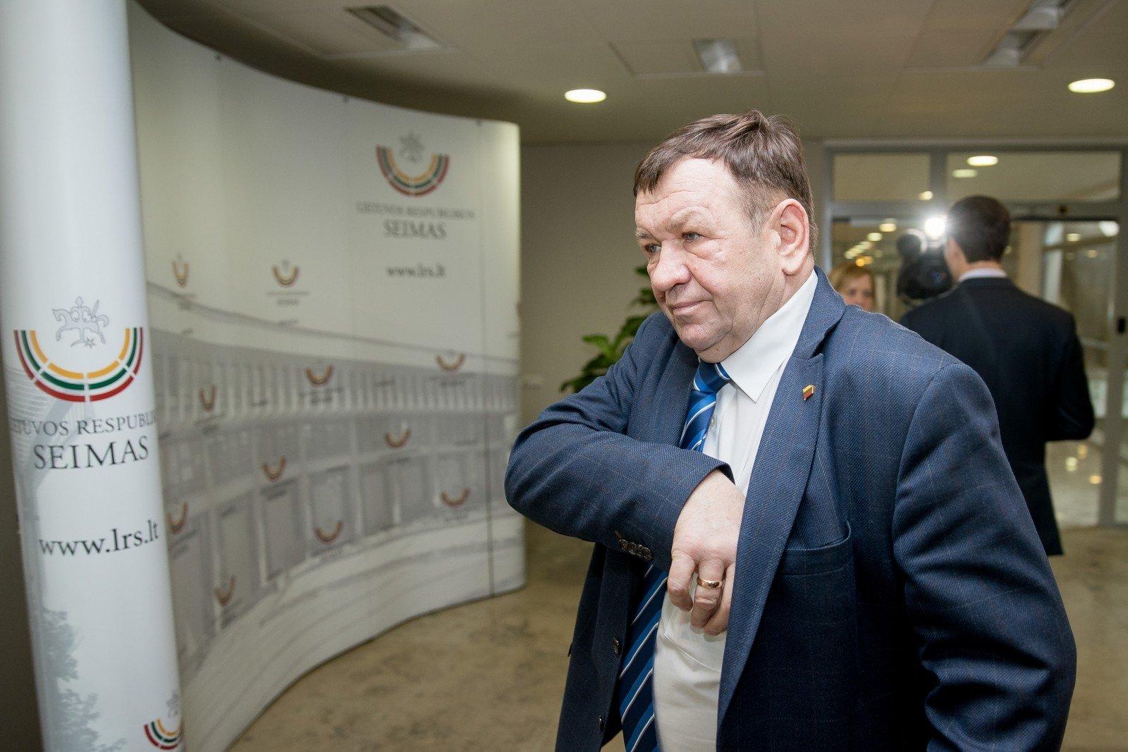 Seimo komisija siūlo Kęstučiui Pūkui pradėti apkaltos procesą