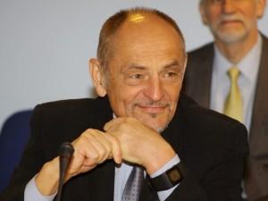"""Prof. Algimantas Kirkutis: """"Pinigų trūksta, bet sveiko proto dar labiau"""""""