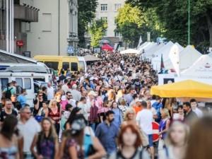 Festivaliuose alkoholis lieka, jo neliks nemokamuose renginiuose