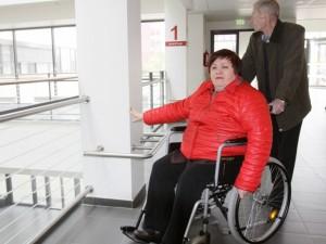 Aplinkos pritaikymas neįgaliesiems: ledai po truputį juda