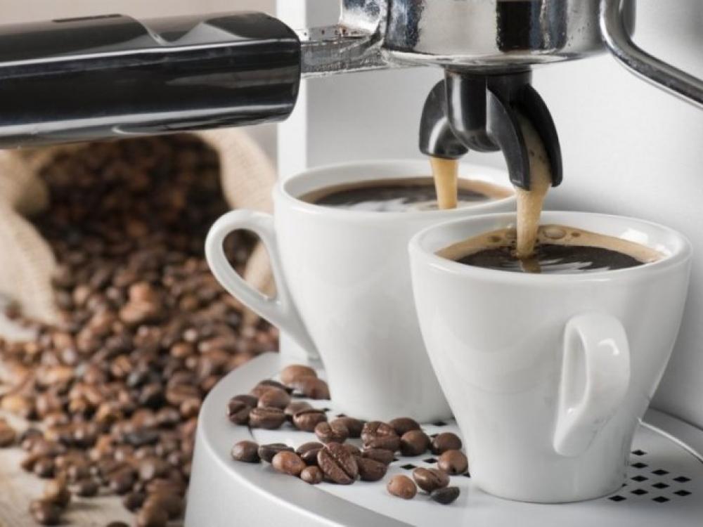Lietuvos darbuotojų kasdienybė: kava piktnaudžiauja kas antras