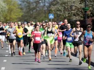 """""""Eurovaistinės"""" Trakų pusmaratonis stebino dalyvių gausa ir rekordais"""