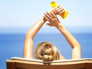 Paprastas aliejus pakeičia kremą nuo saulės?