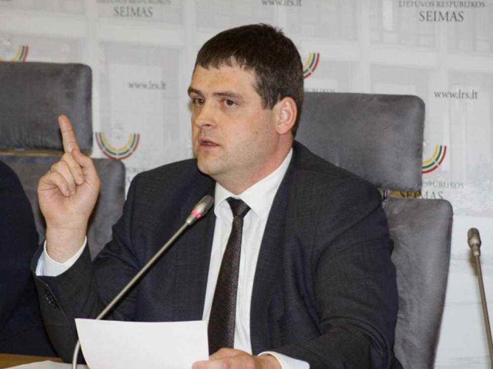 """Remigijus Žemaitaitis: """"Stabdysime nepamatuotais draudimais apaugusį """"valstiečių"""" Alkoholio kontrolės įstatymo svarstymą"""""""
