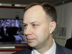 Ministras medikams primena apie būtinybę deklaruoti interesus