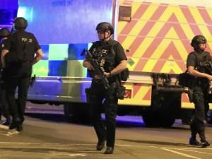 Teroras Mančesteryje – per išpuolį koncerto metu žuvo 22 žmonės, dar 59 sužeista