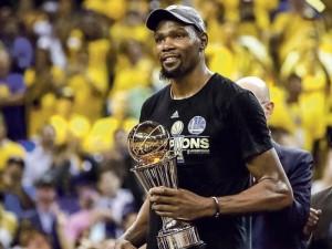 K.Durantas: kaip liesas vaikinukas tapo NBA užkariautoju